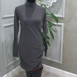 MODA INTERNATIONAL TURTLE NECK LONG SLEEVE DRESS M